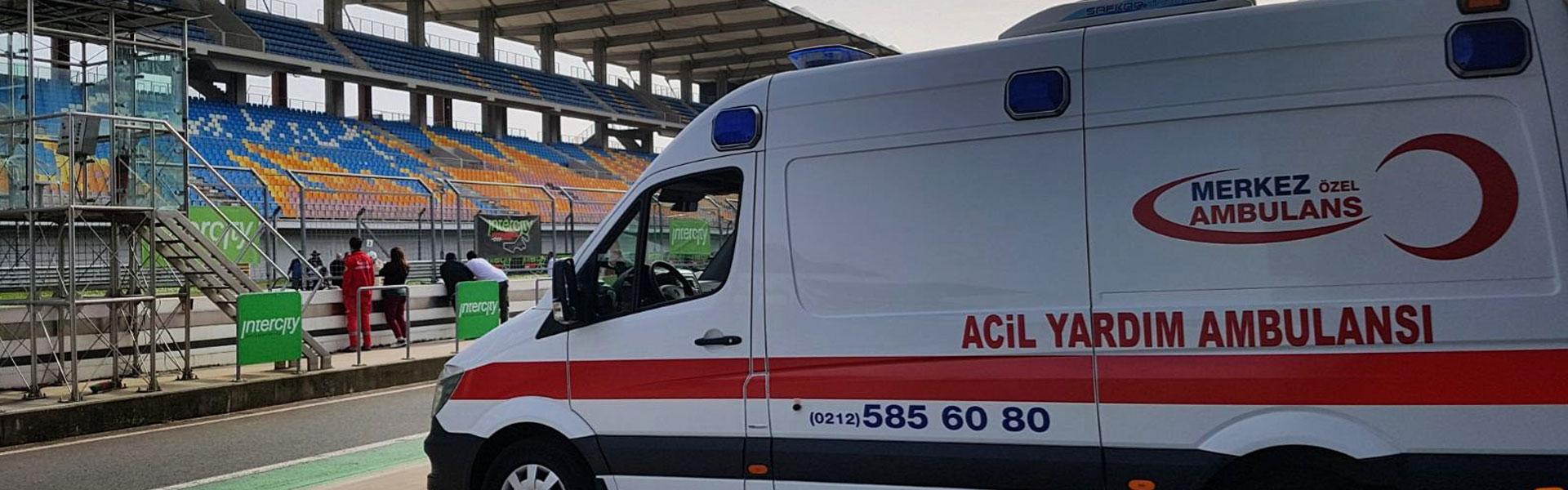 merkez-ozel-ambulans-acil-yardim-ambulanslari-karda-hastaya-ilk-yardima-gidiyor-olimpik-stat